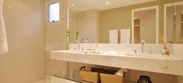Espelho no banheiro: saiba como escolher o modelo ideal